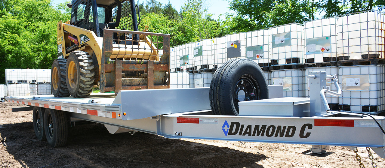 Diamond C DET Deck-Over Tilt Equipment Trailer
