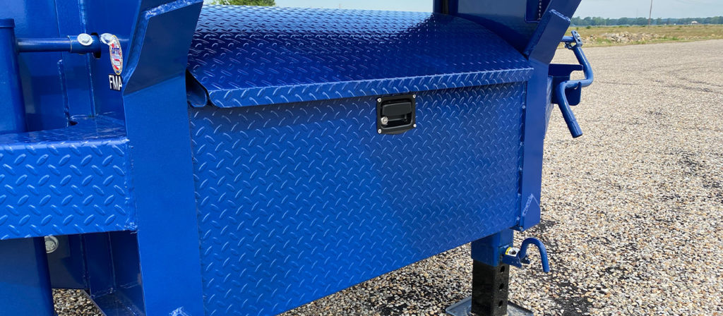 Diamond Plate Neck Box w/ Gas Shock Assisted Lid